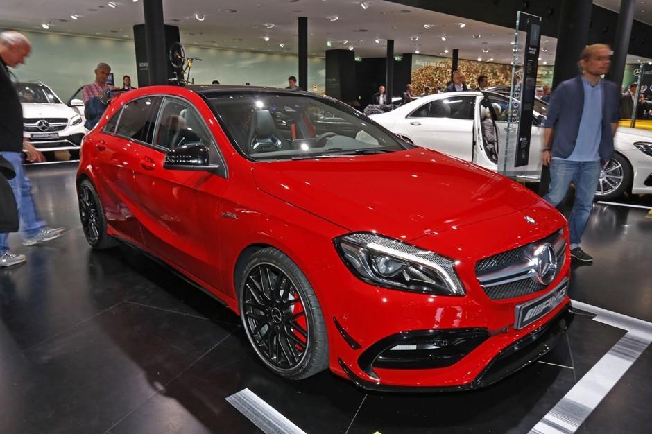 Mercedes classe a 45 amg prix et photos du mod le 2015 for Prix entree salon du bourget 2015