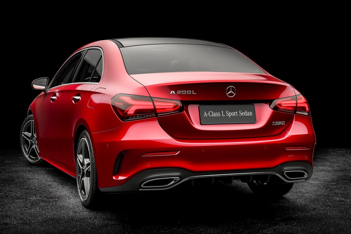 Mercedes Classe A Berline L La Version Allong 233 E 224 Coffre