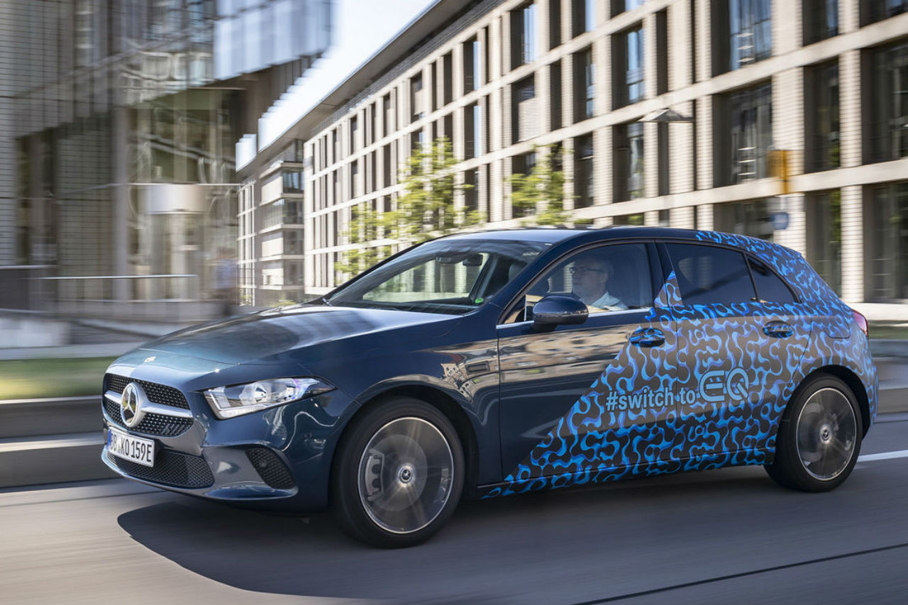 Mercedes Classe A: la version hybride rechargeable en approche