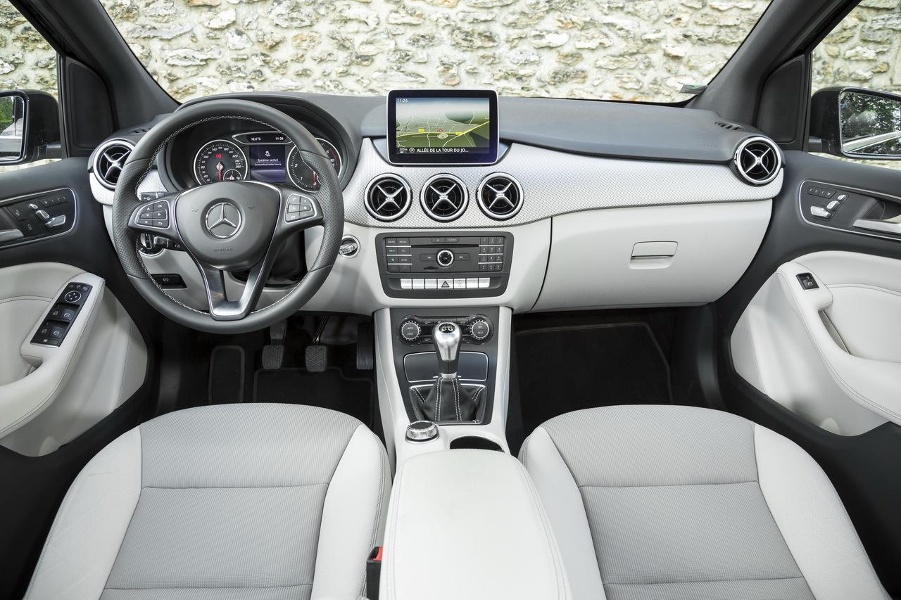 Essai Comparatif BMW Srie 2 Active Tourer Vs Mercedes