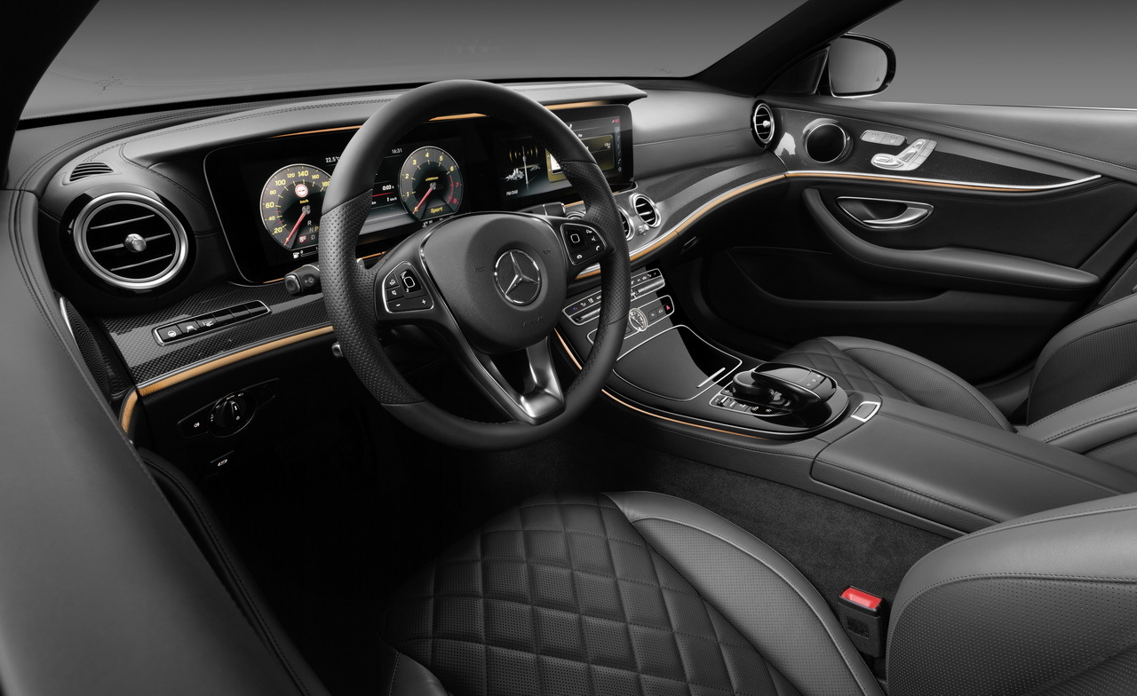 Mercedes classe e 2016 premi res photos officielles de for Classe e interieur 2016