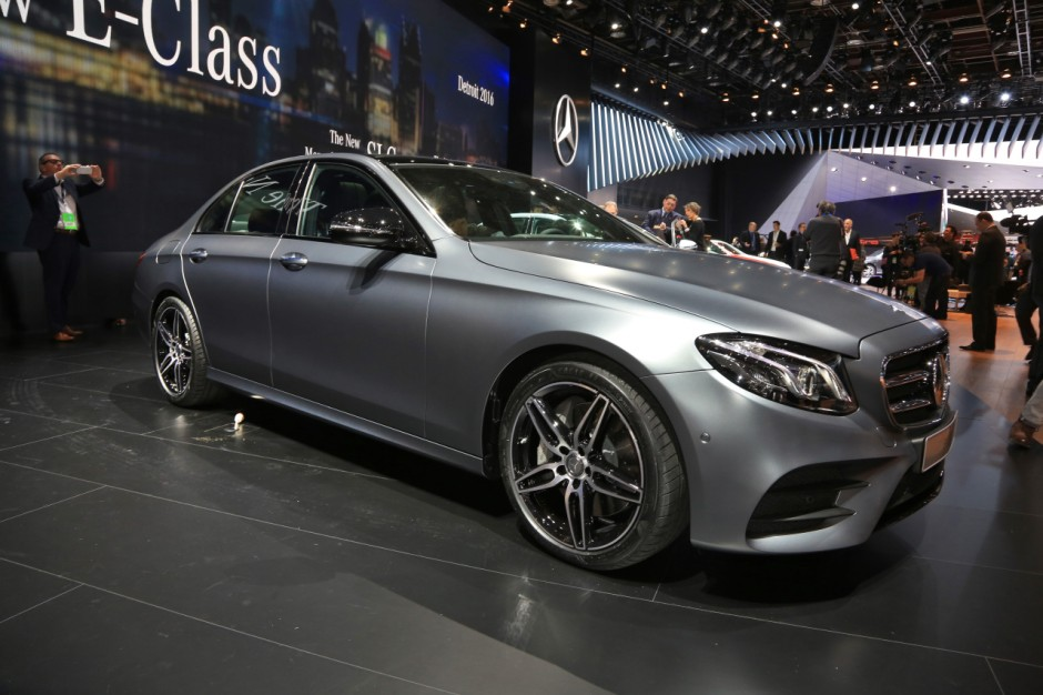 mercedes classe e 2016 l 39 d j bord au naias 2016 photo 3 l 39 argus. Black Bedroom Furniture Sets. Home Design Ideas