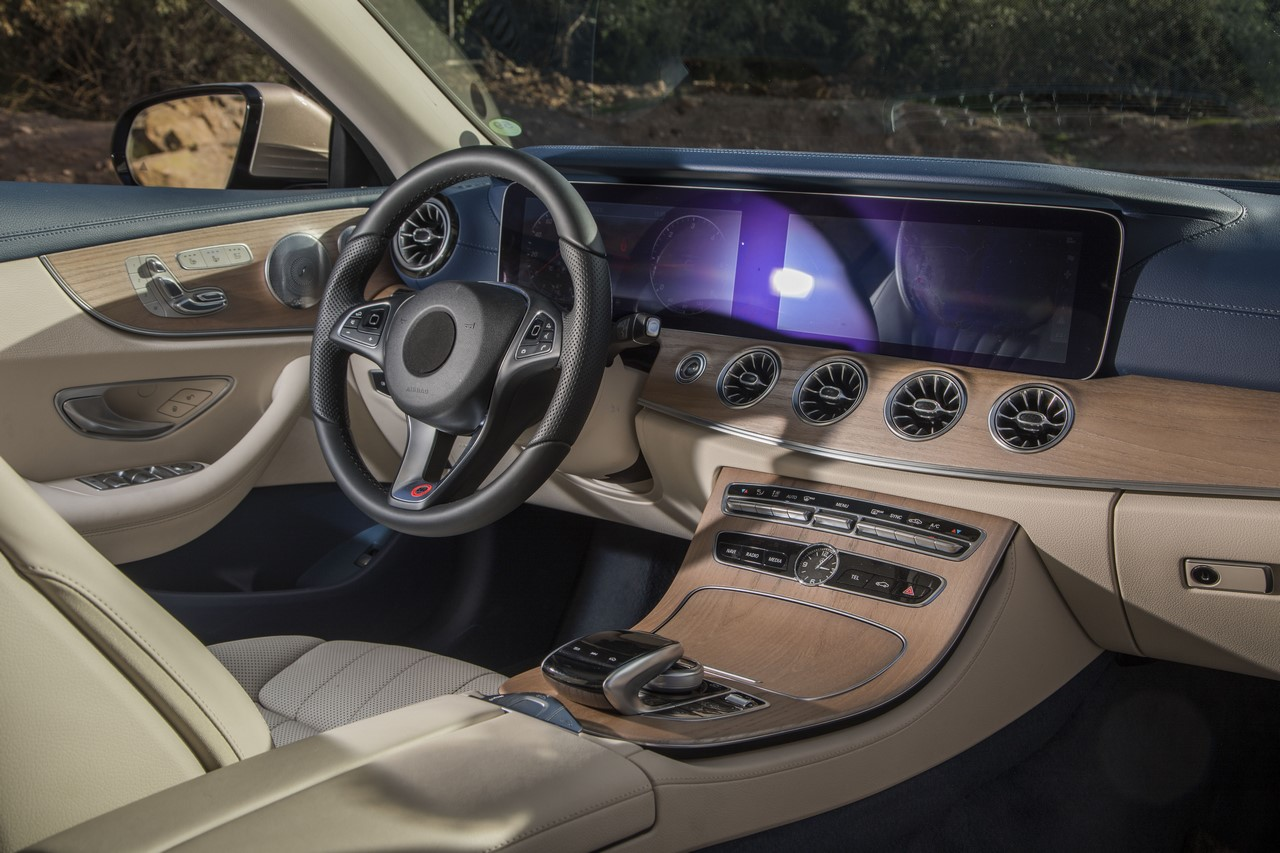 Mercedes classe e cabriolet 2017 les infos et photos for Interieur e klasse 2017