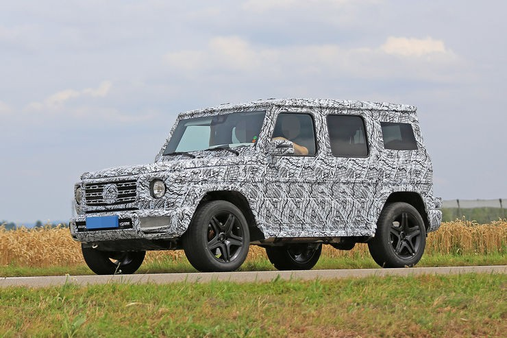 spyshots mercedes classe g 2018 le nouveau classe g reste camoufl photo 1 l 39 argus. Black Bedroom Furniture Sets. Home Design Ideas
