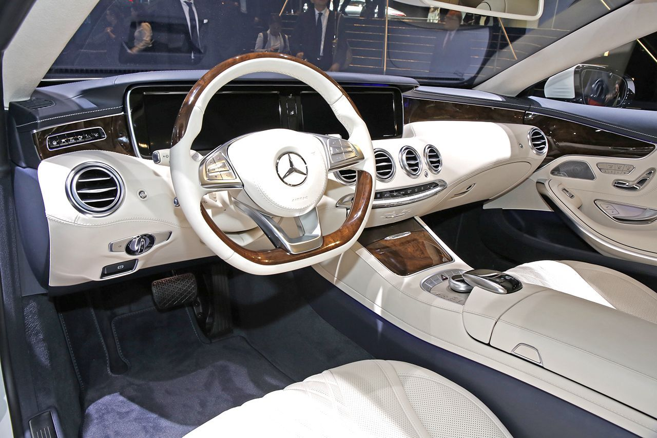mercedes classe s cabriolet un palace ciel ouvert photo 11 l 39 argus. Black Bedroom Furniture Sets. Home Design Ideas