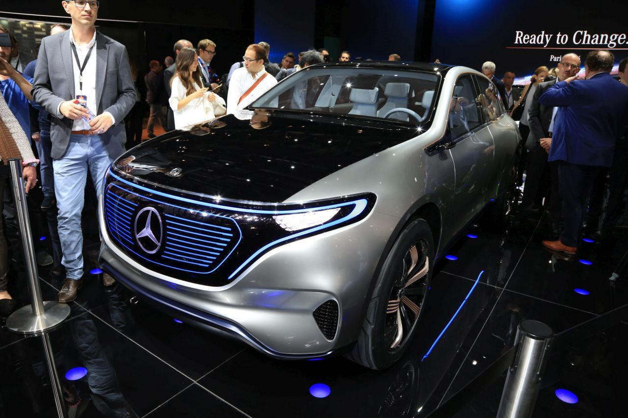 les premi res mondiales au salon de l 39 automobile de paris 2016 mercedes eq concept l 39 argus. Black Bedroom Furniture Sets. Home Design Ideas