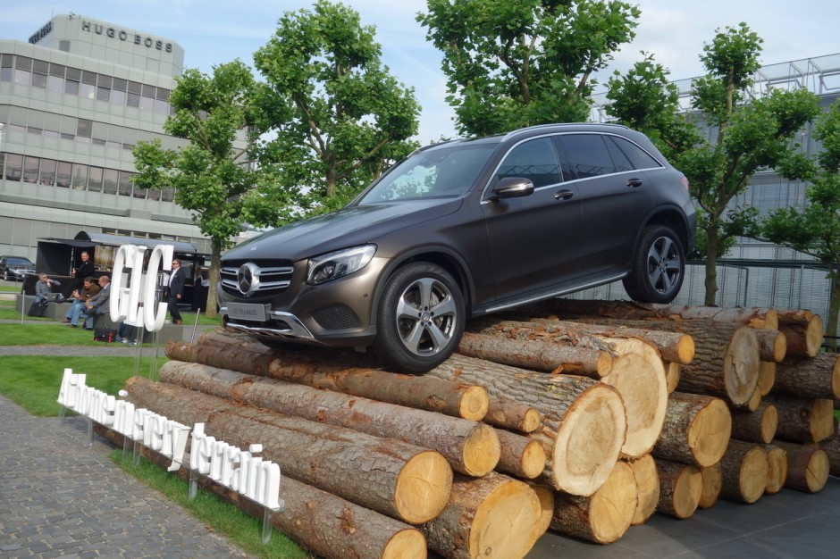 mercedes glc 2015 vid os bord du nouveau suv mercedes photo 6 l 39 argus. Black Bedroom Furniture Sets. Home Design Ideas