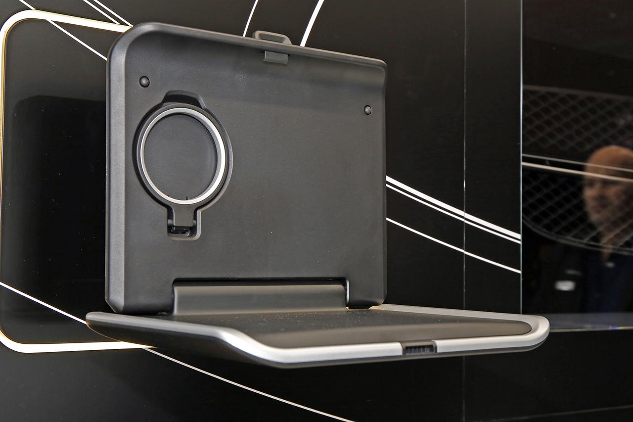 le mercedes glc pr sente ses accessoires photo 5 l 39 argus. Black Bedroom Furniture Sets. Home Design Ideas
