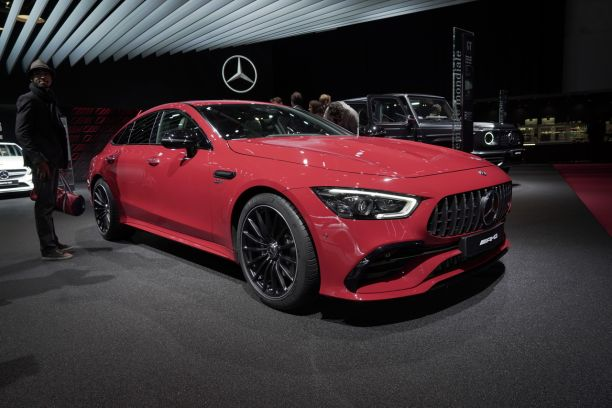 mercedes amg gt 4 portes voici la nouvelle version 43 amg l 39 argus. Black Bedroom Furniture Sets. Home Design Ideas