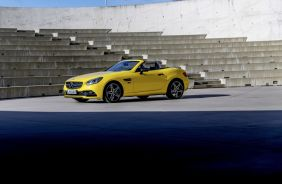 Mercedes SLC Final Edition jaune soleil vue avant