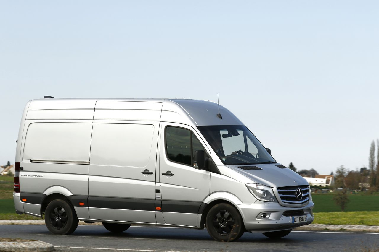 essai mercedes sprinter l2h2 319 cdi bluetec edition sprinter 2016 l 39 argus. Black Bedroom Furniture Sets. Home Design Ideas