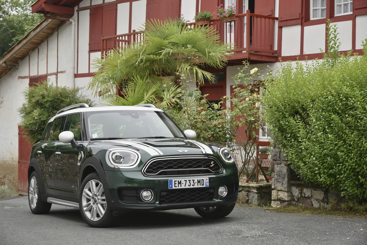 essai mini countryman cooper se notre avis sur le countryman hybride photo 13 l 39 argus. Black Bedroom Furniture Sets. Home Design Ideas