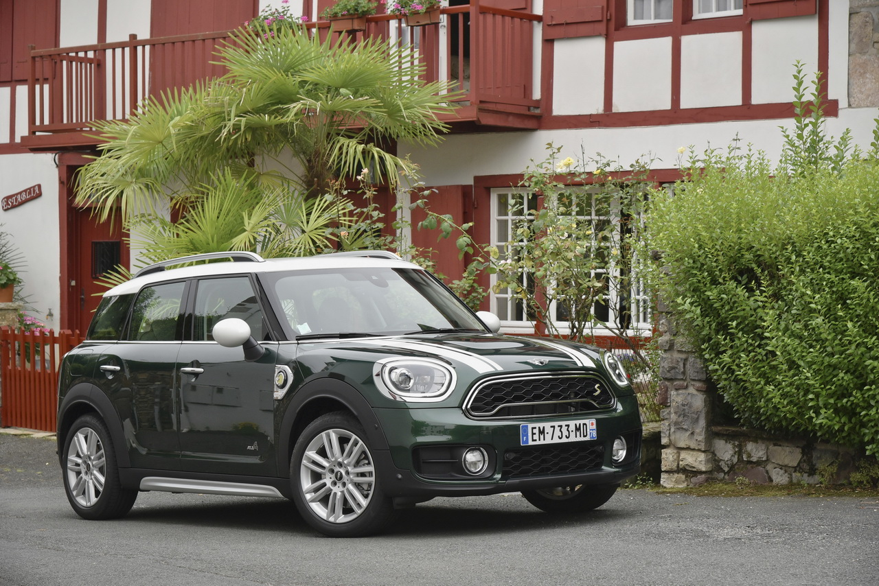 essai mini countryman cooper se notre avis sur le countryman hybride photo 15 l 39 argus. Black Bedroom Furniture Sets. Home Design Ideas