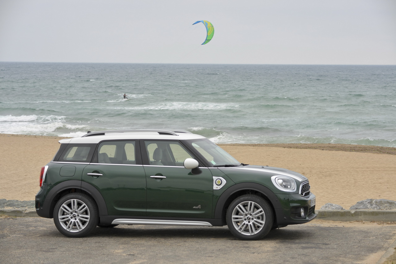 essai mini countryman cooper se notre avis sur le countryman hybride photo 17 l 39 argus. Black Bedroom Furniture Sets. Home Design Ideas
