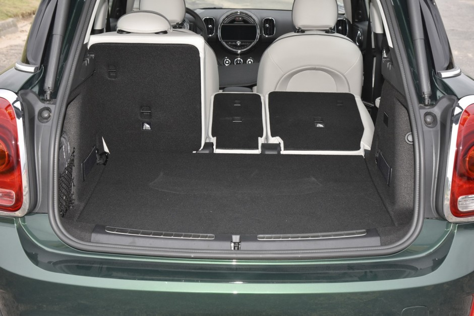 essai mini countryman cooper se notre avis sur le countryman hybride photo 37 l 39 argus. Black Bedroom Furniture Sets. Home Design Ideas