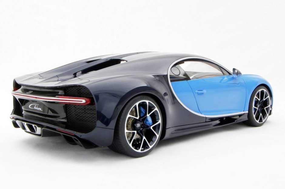 9 530 euros la bugatti chiron l 39 chelle 1 8 photo 3 l 39 argus. Black Bedroom Furniture Sets. Home Design Ideas