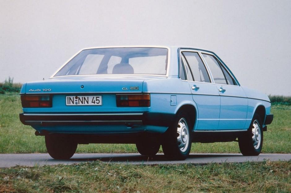 40 ans de moteur 5 cylindres audi en vingt mod les audi 100 5d 1978 l 39 argus. Black Bedroom Furniture Sets. Home Design Ideas