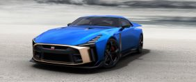Nissan GT-R50 by Italdesign vue avant bleue