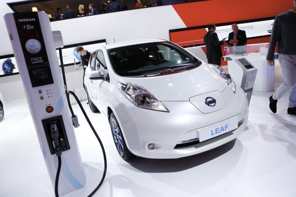nissan leaf 30 kwh 250 km d 39 autonomie pour la leaf l 39 argus. Black Bedroom Furniture Sets. Home Design Ideas