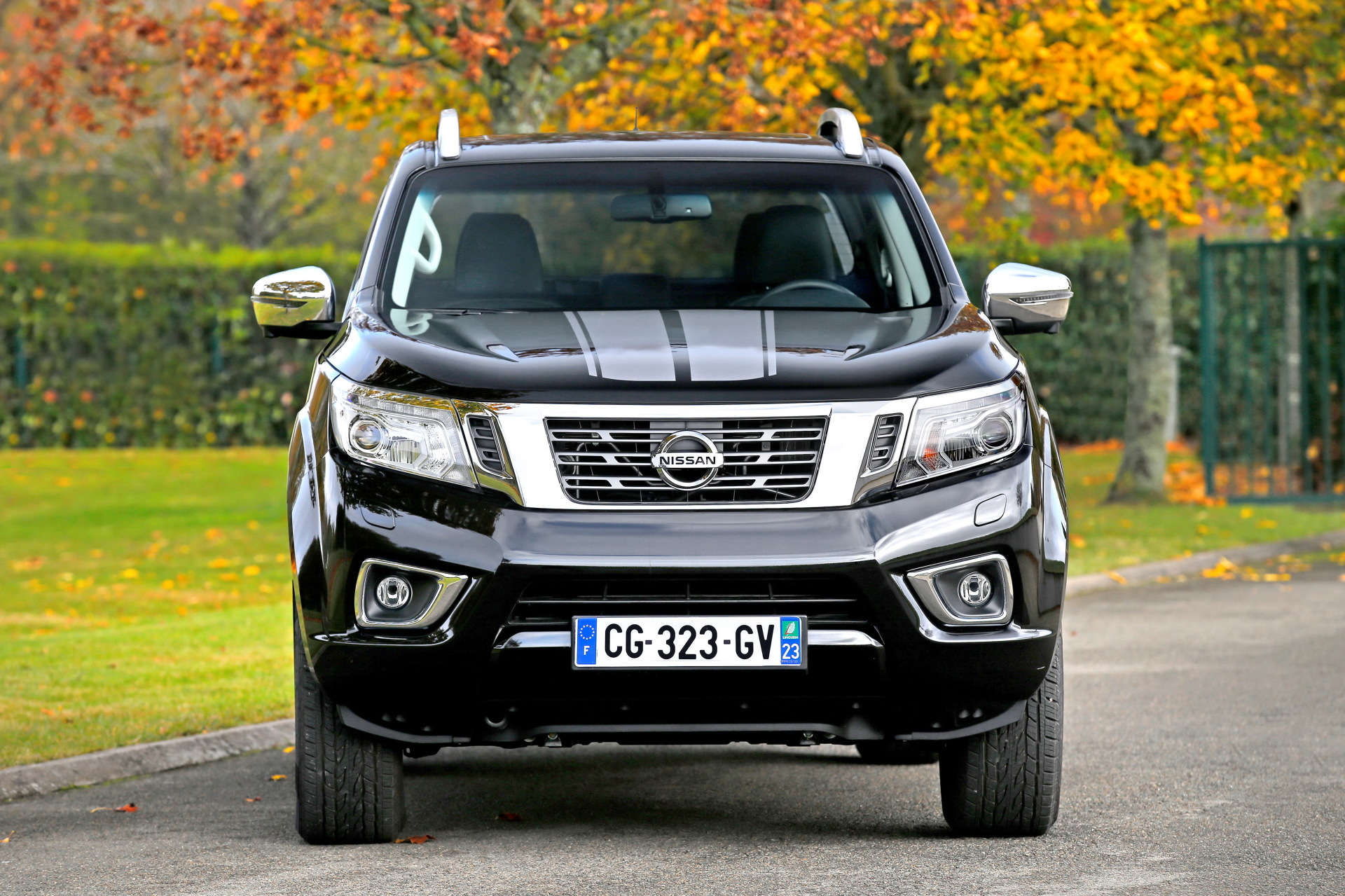 nissan navara premium edition une s rie limit e 250 exemplaires l 39 argus. Black Bedroom Furniture Sets. Home Design Ideas