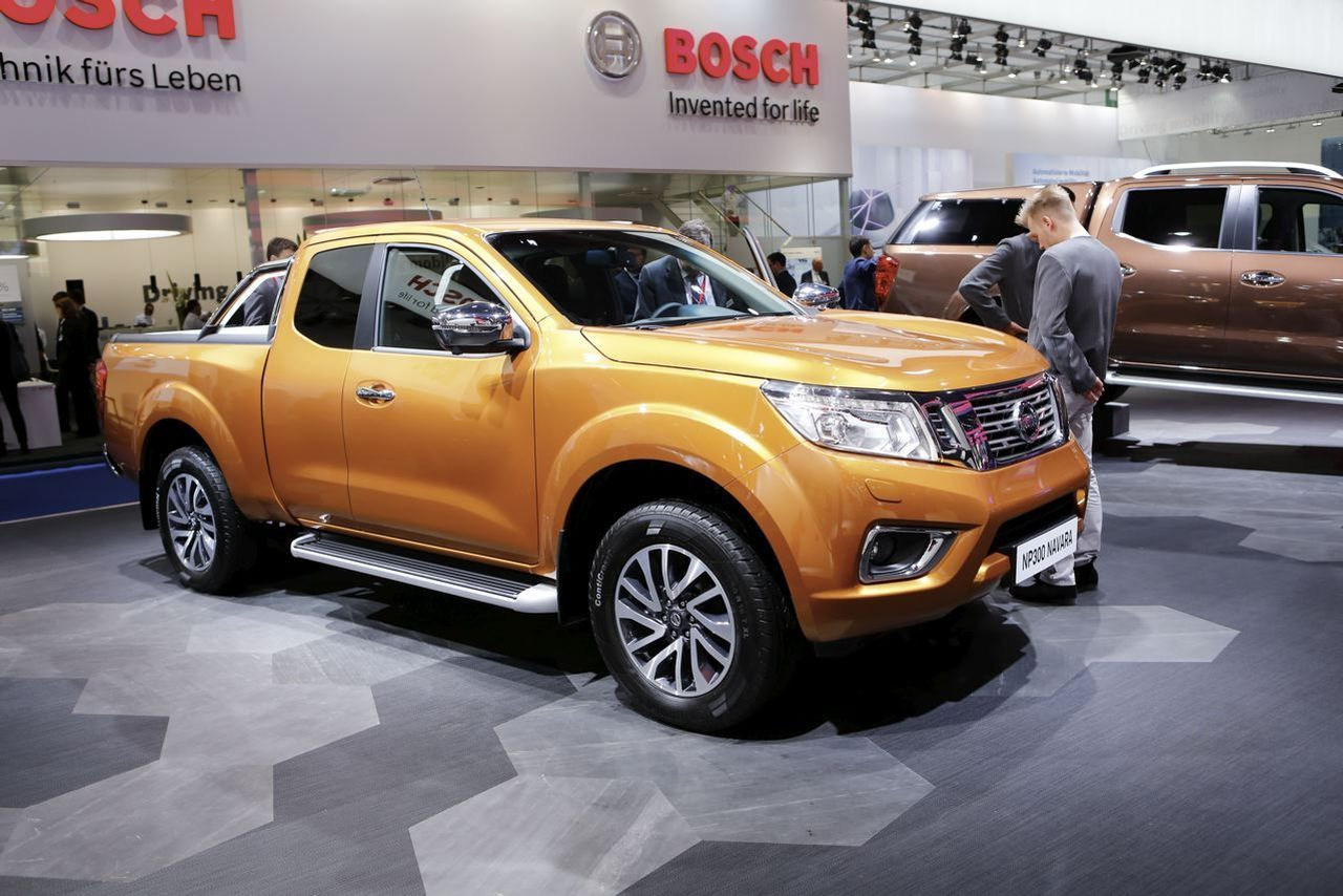 nissan navara np300 le pick up qui joue la carte du confort l 39 argus. Black Bedroom Furniture Sets. Home Design Ideas