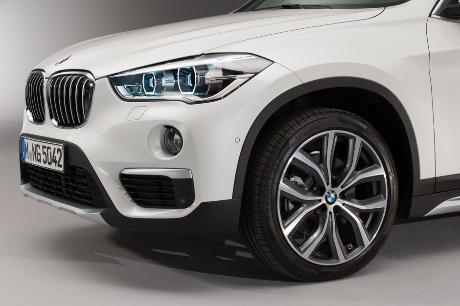 bmw x1 2015 premi res photos et vid o officielles photo 5 l 39 argus. Black Bedroom Furniture Sets. Home Design Ideas