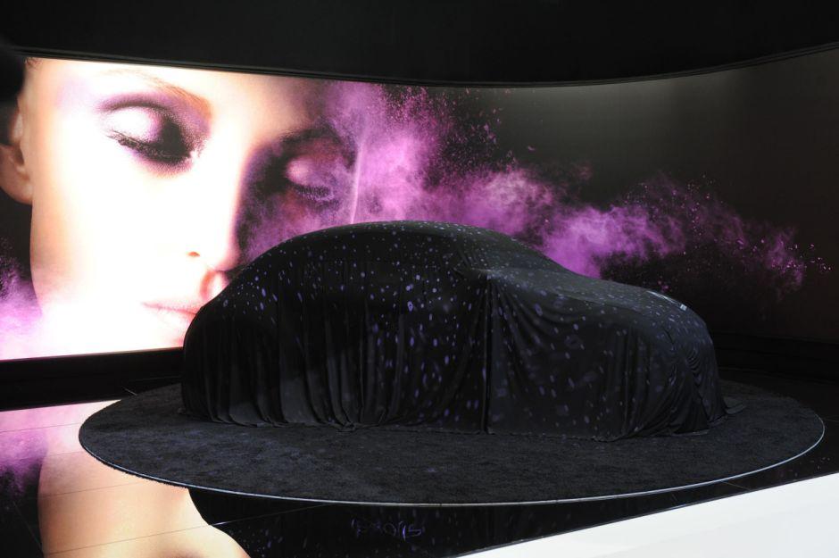 en direct divine surprise chez citro n avec le concept. Black Bedroom Furniture Sets. Home Design Ideas