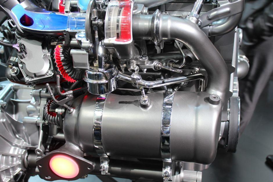 le nouveau moteur 1 5 dci renault sur le stand mercedes photo 4 l 39 argus. Black Bedroom Furniture Sets. Home Design Ideas
