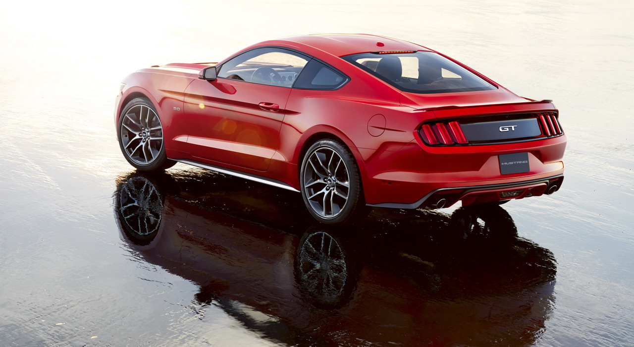 nouvelle ford mustang 2015 les photos d voil es avant l. Black Bedroom Furniture Sets. Home Design Ideas