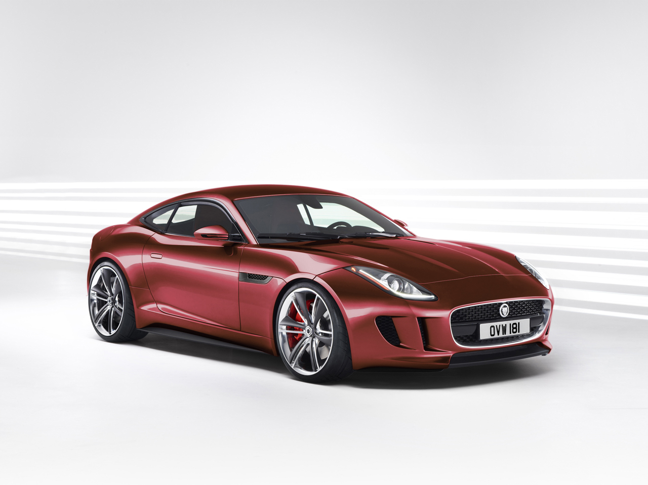 jaguar f type cabriolet apr s le cabriolet la f type. Black Bedroom Furniture Sets. Home Design Ideas