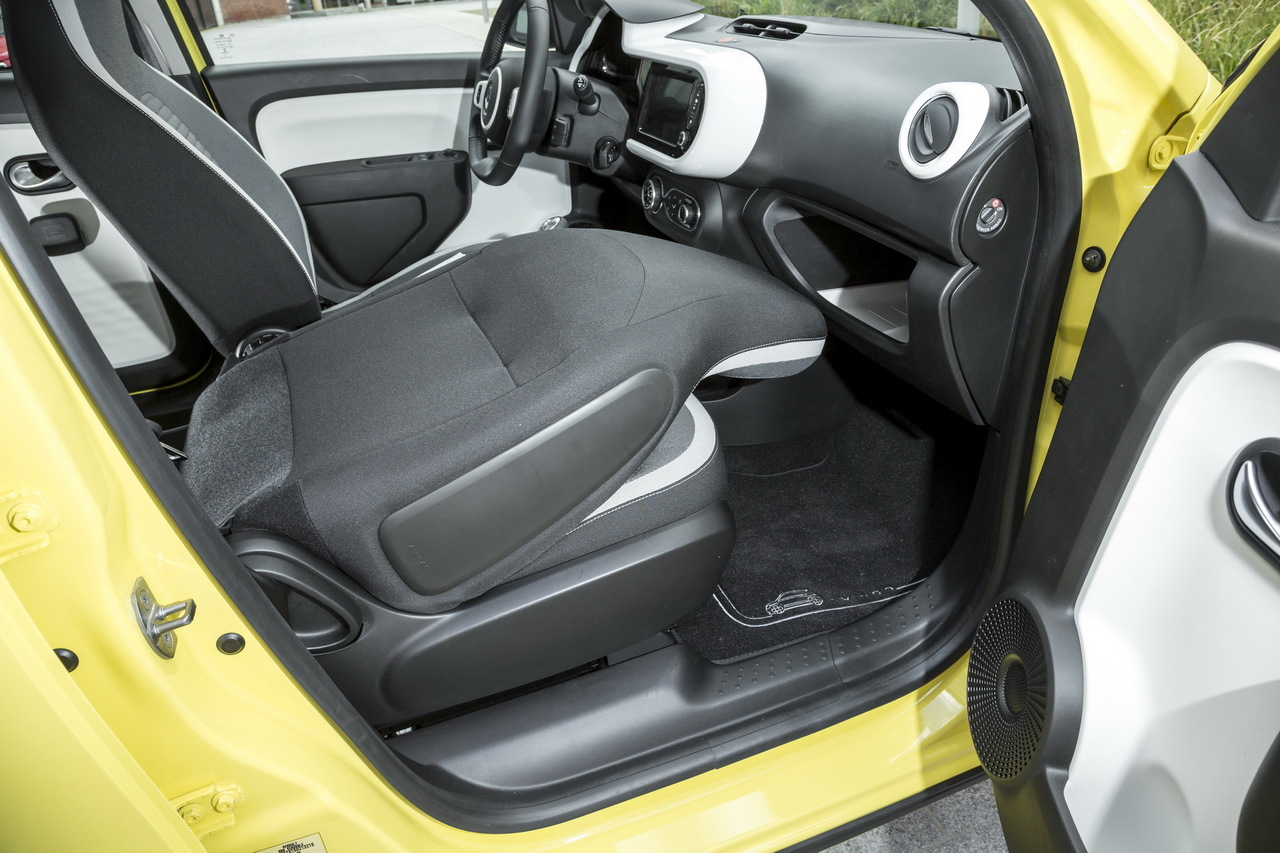 nouvelle renault twingo iii 2014 premi res indiscr tions photo 52 l 39 argus. Black Bedroom Furniture Sets. Home Design Ideas