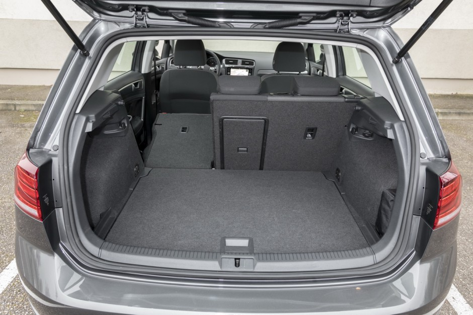 essai comparatif la nouvelle volkswagen golf d fie la peugeot 308 photo 26 l 39 argus. Black Bedroom Furniture Sets. Home Design Ideas