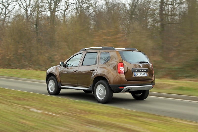 le top des suv d 39 occasion 5 dacia duster 27 135 unit s 11 2 l 39 argus. Black Bedroom Furniture Sets. Home Design Ideas