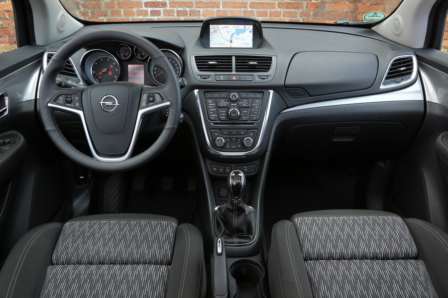 Gen ve 2016 restylage imminent pour l 39 opel mokka photo for Interieur opel mokka