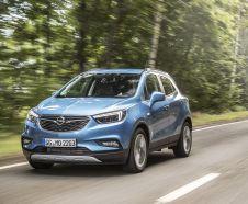L'Opel Mokka devient Mokka X à l'occasion de son restylage en octobre 2016.