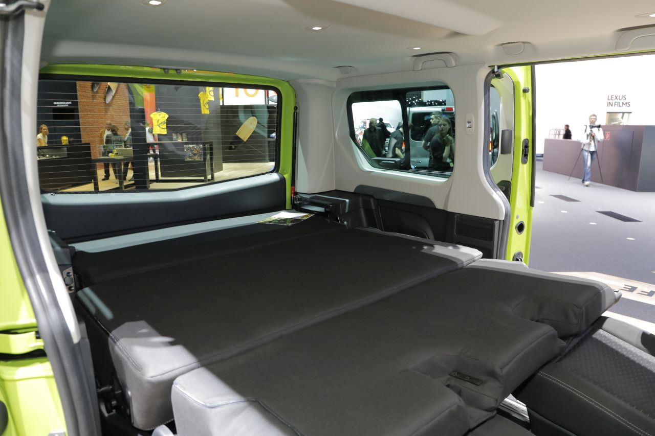 opel vivaro life camping vert photo 18 l 39 argus. Black Bedroom Furniture Sets. Home Design Ideas