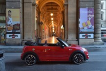 Mini John Cooper Works Cabrio profil rouge 2016