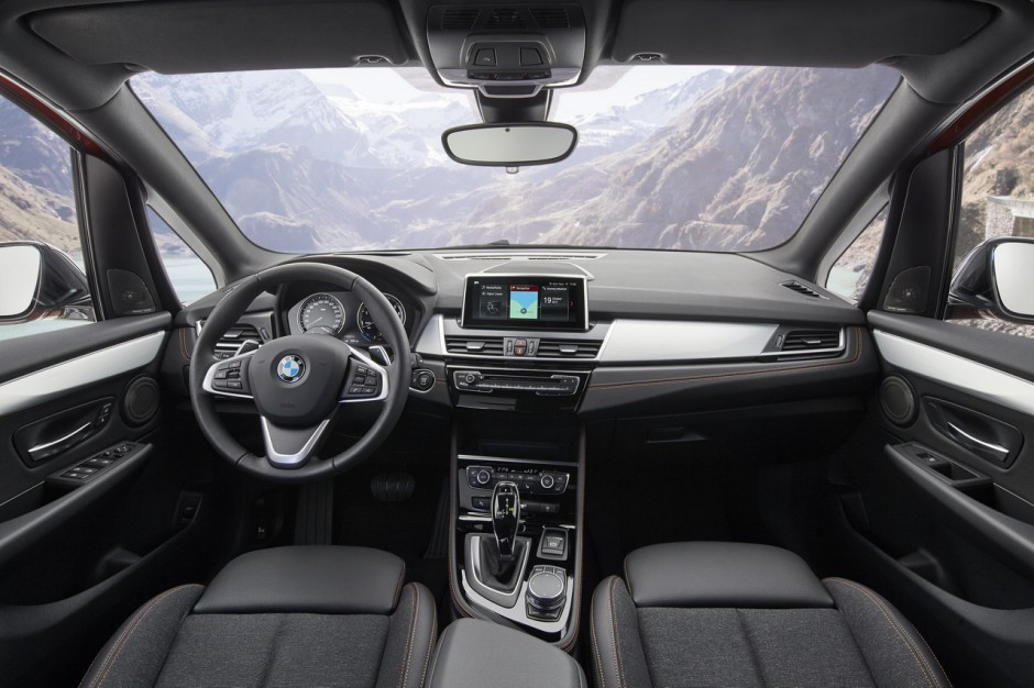 nouvelle bmw s rie 2 2018 active tourer et gran tourer restyl es photo 12 l 39 argus. Black Bedroom Furniture Sets. Home Design Ideas