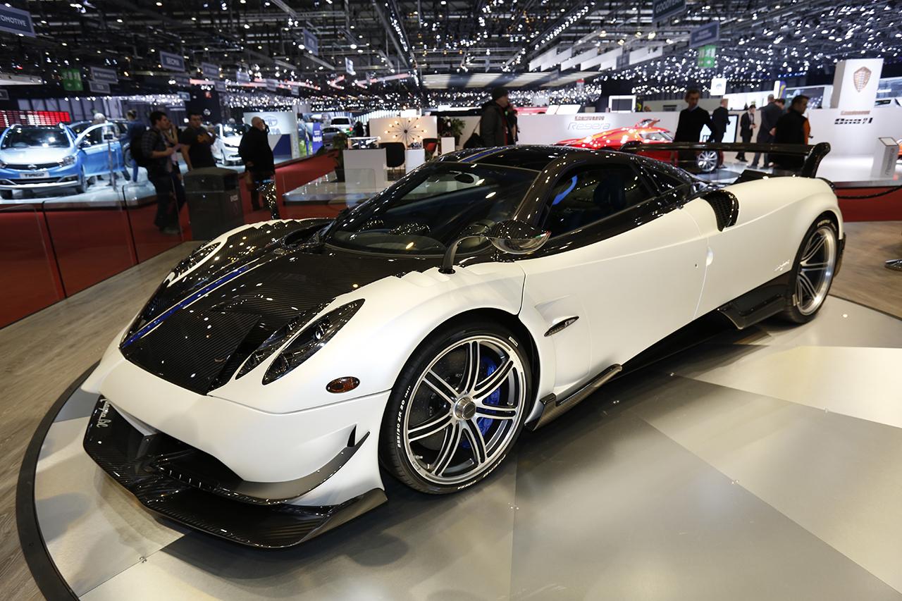 top des voitures les plus puissantes du salon de gen ve 2016 pagani huayra bc 789 ch l 39 argus. Black Bedroom Furniture Sets. Home Design Ideas