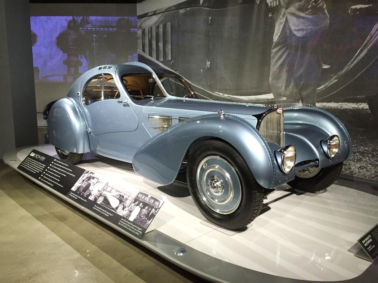 en images la visite du mus e petersen de los angeles bugatti type 57sc atlantic 1936 l 39 argus. Black Bedroom Furniture Sets. Home Design Ideas