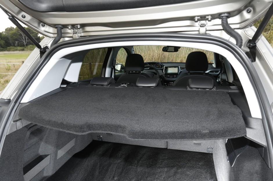 essai peugeot 2008 bluehdi 100 le diesel toujours dans le coup photo 21 l 39 argus. Black Bedroom Furniture Sets. Home Design Ideas