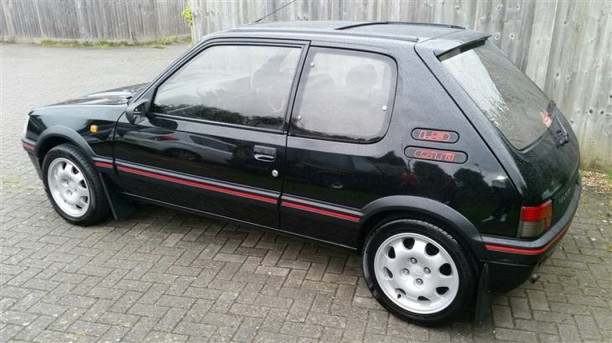 a saisir une peugeot 205 gti turbo diesel l 39 argus. Black Bedroom Furniture Sets. Home Design Ideas