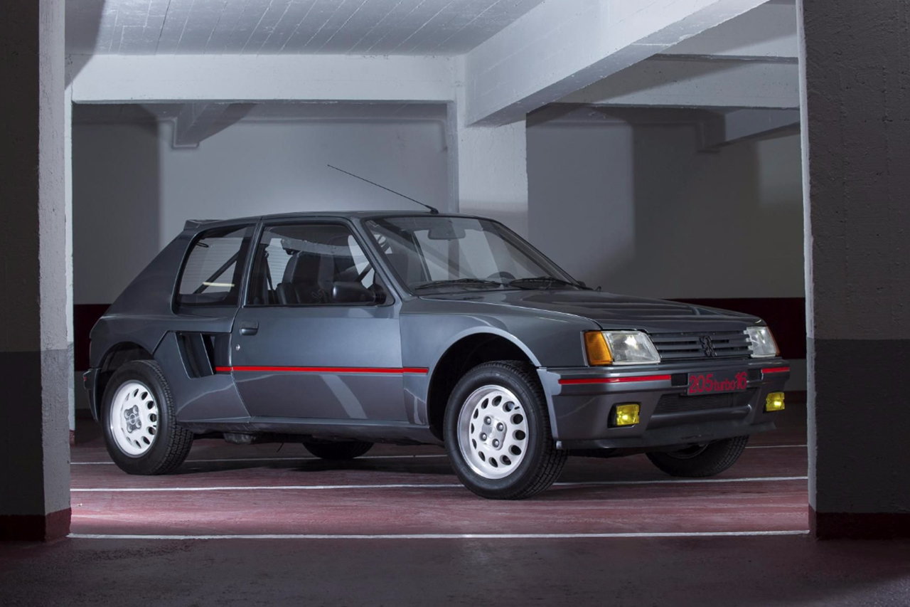 le meilleur de la vente artcurial automobiles sur les champs peugeot 205 turbo 16 1984. Black Bedroom Furniture Sets. Home Design Ideas