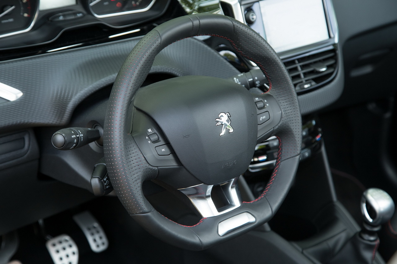 Guide d'achat : toutes les Peugeot 208 à l'essai ...