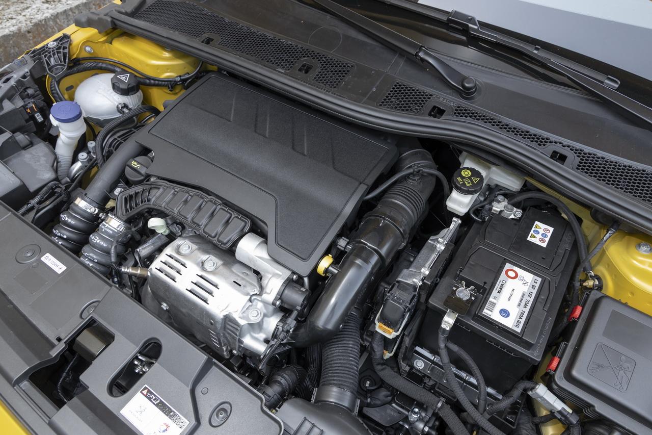 2019 - [Peugeot] 208 II (P21) - Page 13 Peugeot-208-vs-c3-14-