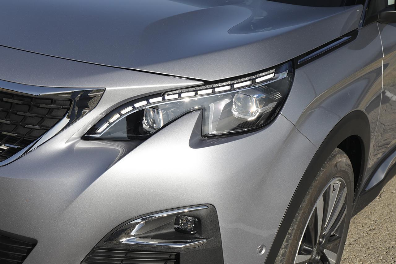 2018 - [Toyota] Corolla 2018 - Page 8 Peugeot-3008-1-2-puretech-130-ch-allure-18