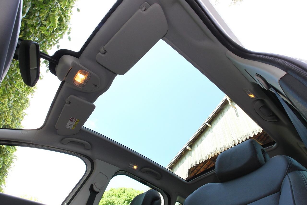 Essai Comparatif Renault Kadjar Vs Peugeot 3008 Le Choc