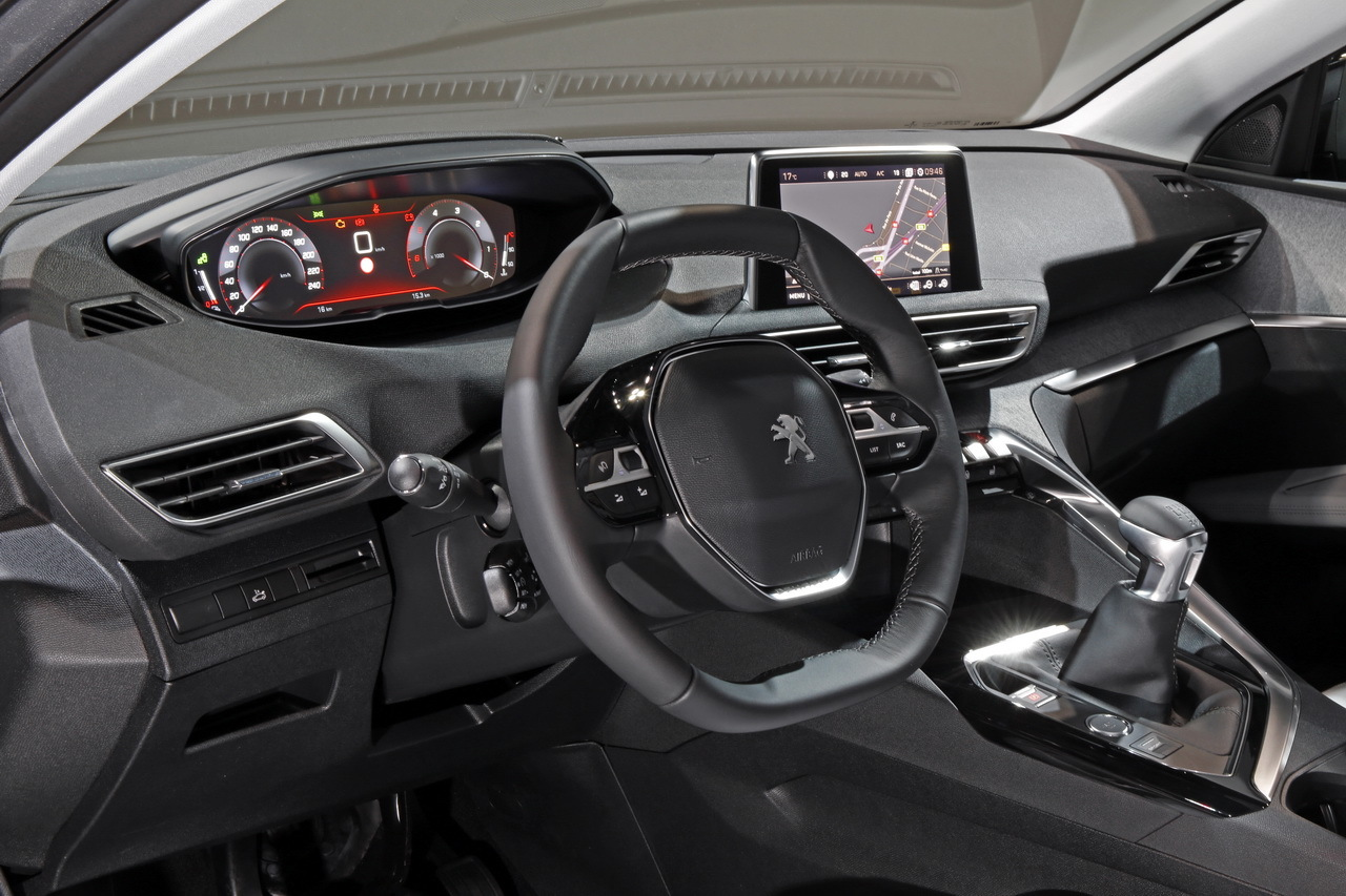Peugeot 3008 Ii Montez D 233 J 224 224 Bord Du Nouveau Suv Peugeot
