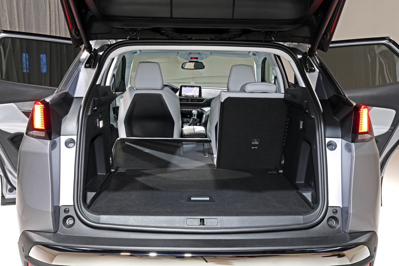 le nouveau peugeot 3008 face aux suv concurrents photo 16 l 39 argus. Black Bedroom Furniture Sets. Home Design Ideas