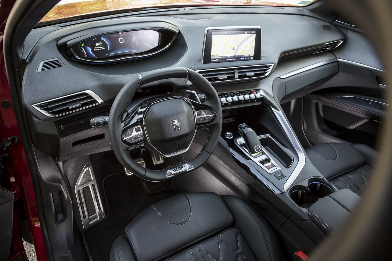 Essai comparatif : le Mazda CX-5 Sélection défie le ...